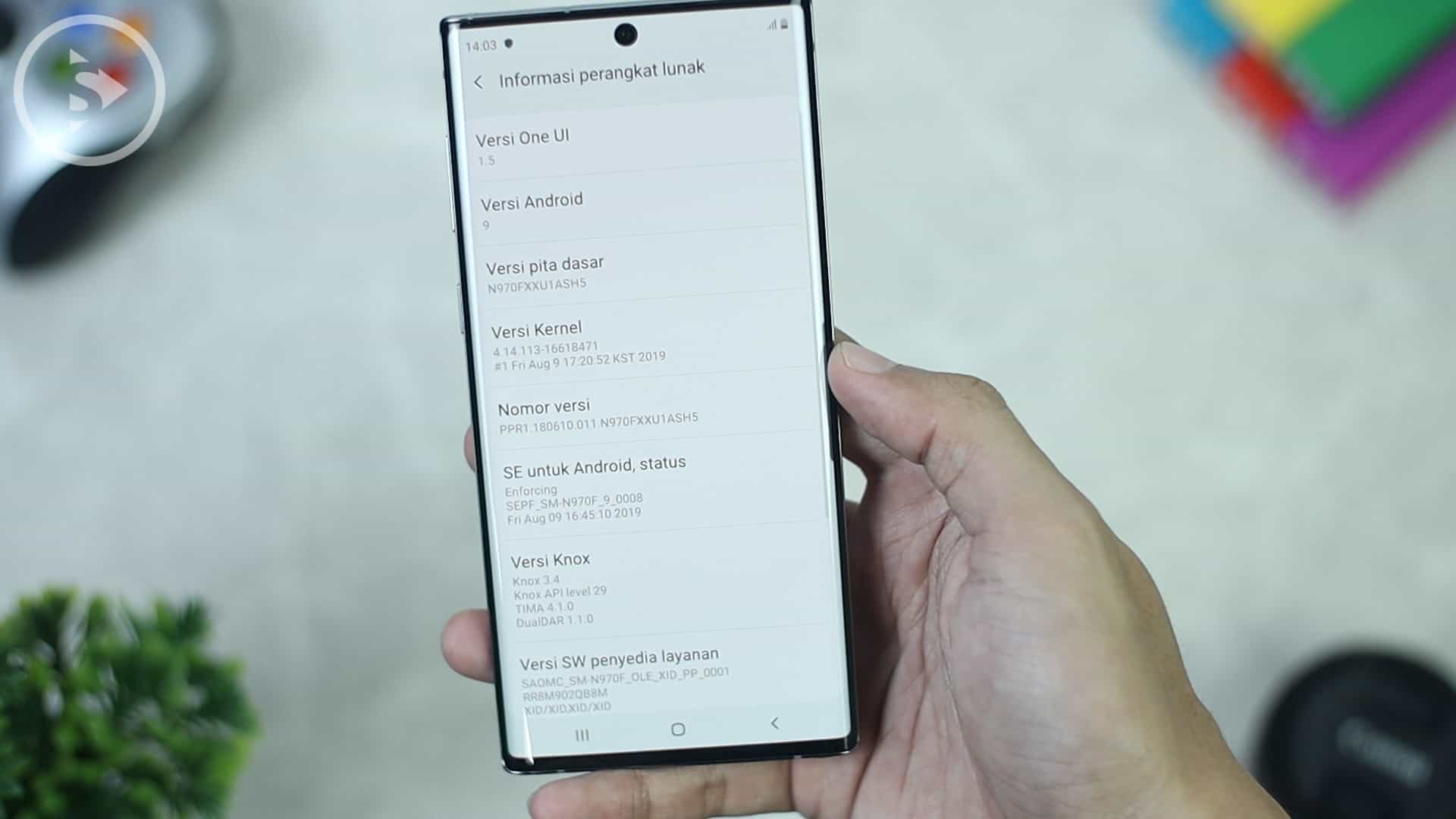 About Phone OneUI 1.5 Android 9.0 Samsung Galaxy Note10 Aura Glow - Unboxing HP Samsung Warna Indah di Tahun 2020 - Samsung Galaxy Note10 Warna Aura Glow