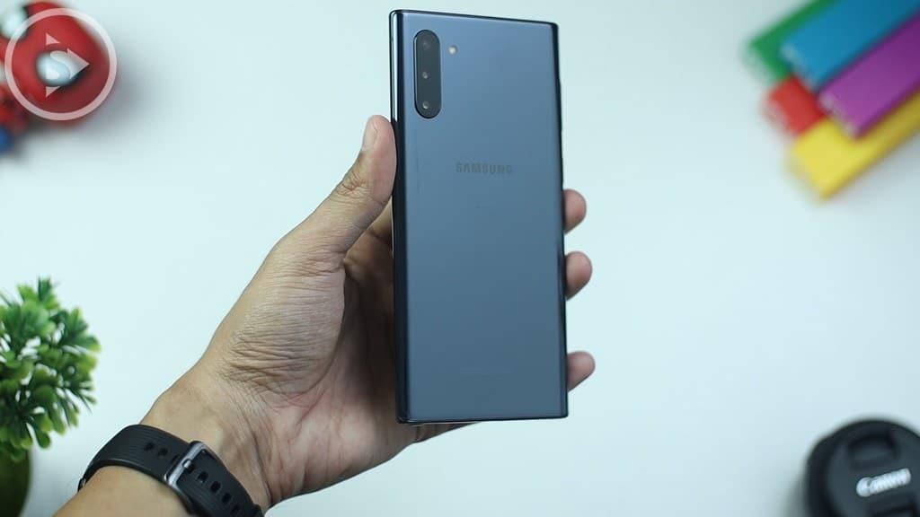 Hands-on Note10 - Unboxing Samsung Galaxy Note10 Warna Aura Black Indonesia di Tahun 2020 - Harga Barunya Sudah Turun