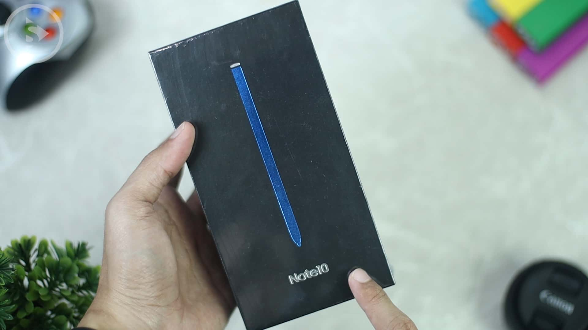 Kotak Note10 - Unboxing HP Samsung Warna Indah di Tahun 2020 - Samsung Galaxy Note10 Indonesia Warna Aura Glow