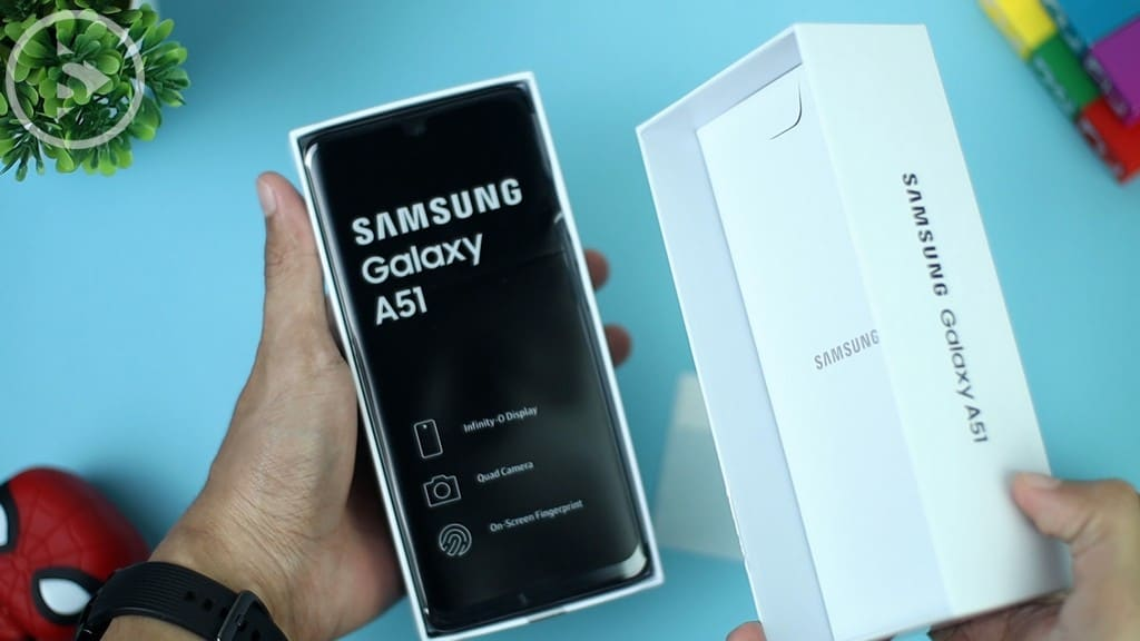 Buka Kotak Samsung A51 - Unboxing Samsung Galaxy A51 Indonesia Putih (Prism Crush White) 2020 - Perbedaan Galaxy A51 Vs A50s