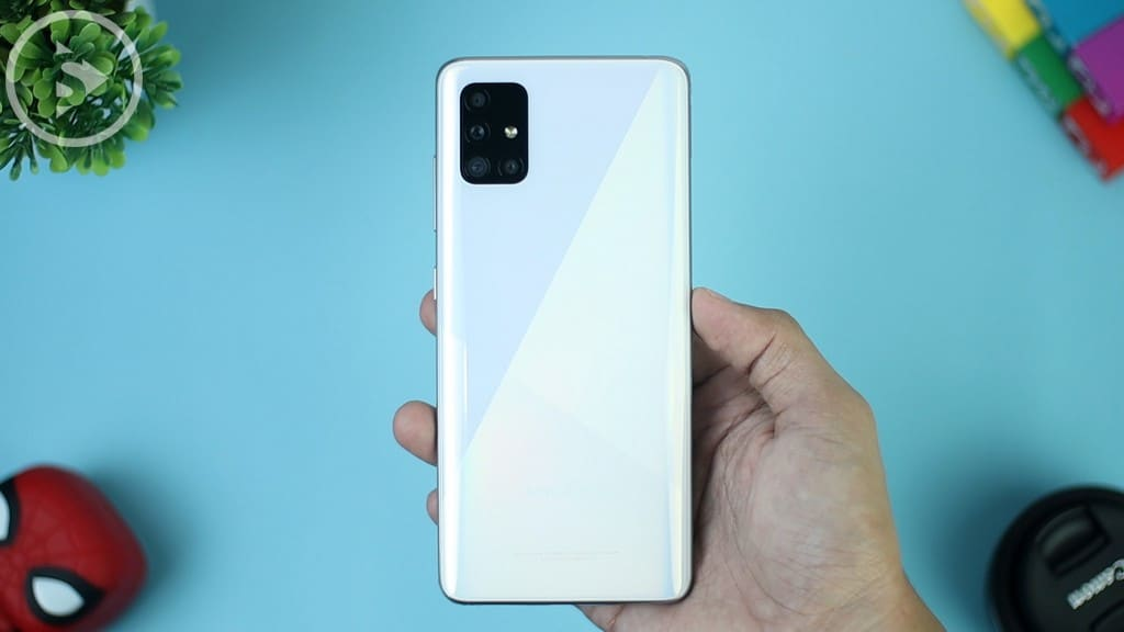 Case Belakang 4 Kamera Samsung A51 - Unboxing Samsung Galaxy A51 Indonesia Putih (Prism Crush White) 2020 - Perbedaan Galaxy A51 Vs A50s
