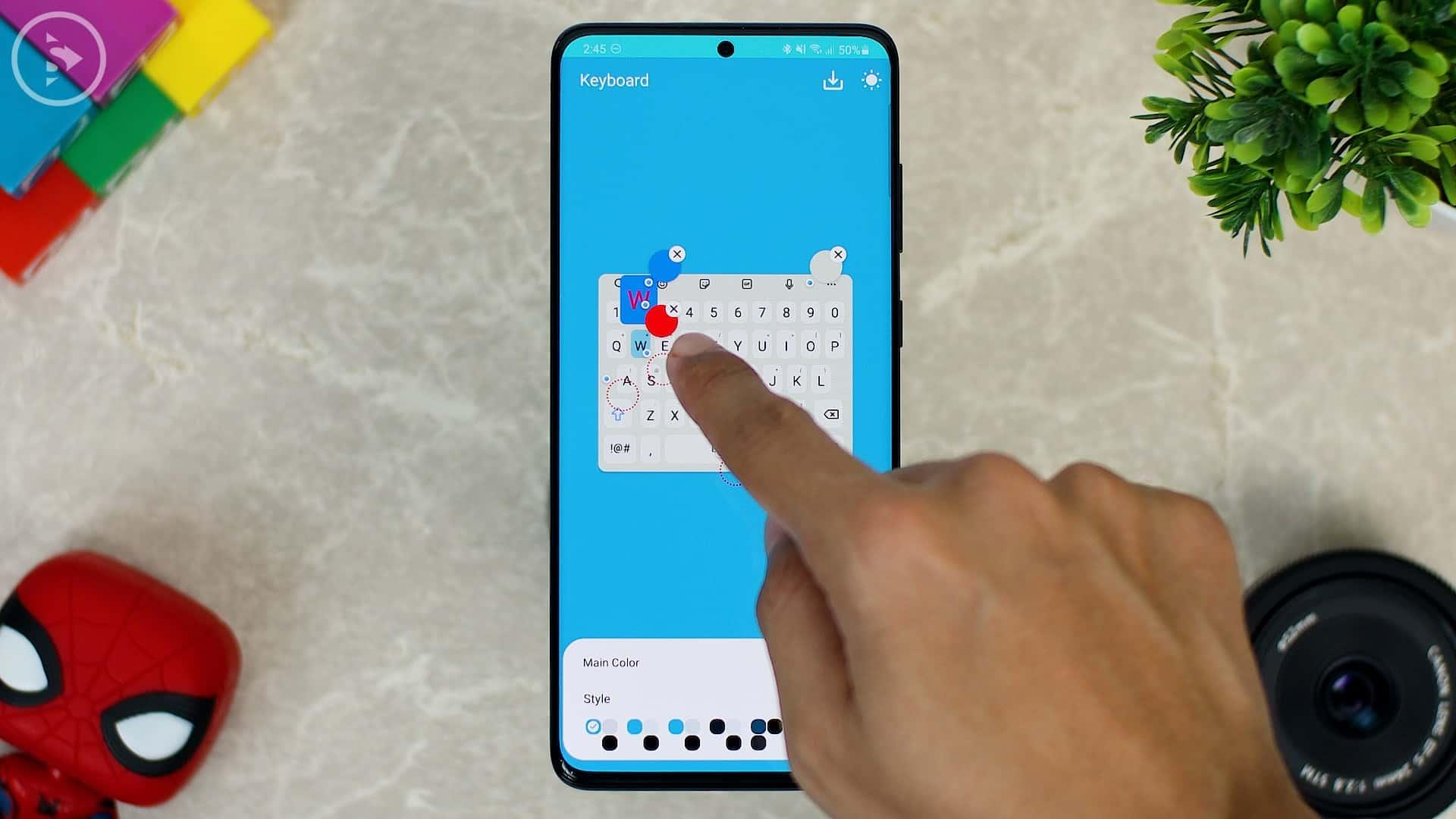Cara Ganti Warna Keyboard di HP Samsung - Fitur Baru Good Lock - pilih warna merah