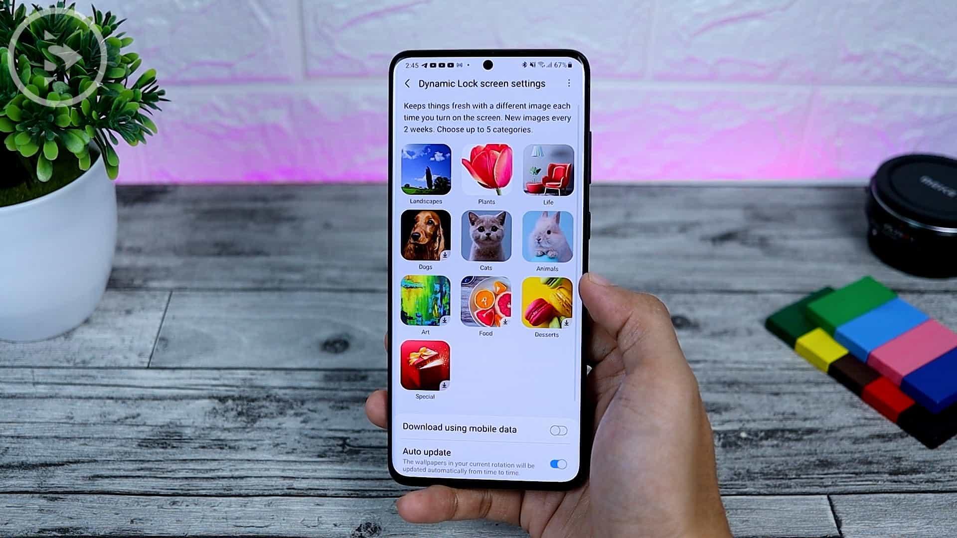 25 Fitur Baru di One UI 3.0 Dengan Android 11 - New Dynamic Wallpaper Category
